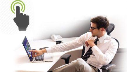 laptop z dotykowym ekranem